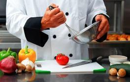 22/12/2016. Se precisan 10 Ayudantes de Cocina